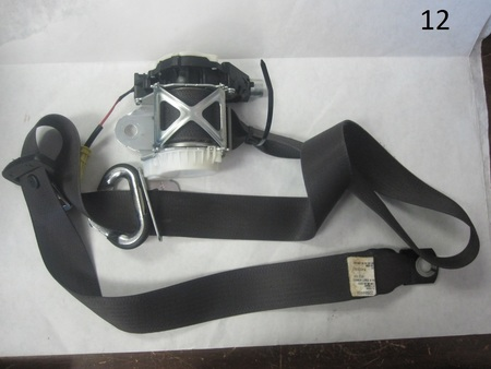 GM Seat Belt  : none gm 22799951 22884468
