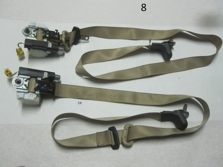 Ford Seat Belts : none 33057700 3303 0537