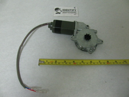 """Window Motor : 8"""" there is a date """"Oct 10 2017"""" see pic"""
