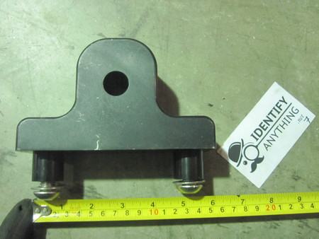 aluminum Bracket : please see pictures none