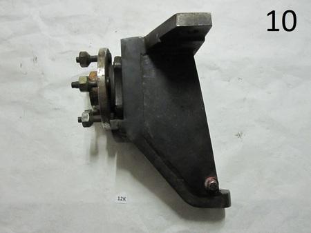"wheel hub knuckle spindle : 9"" x 12"" lug pattern is 5 x 4-1/2 none"
